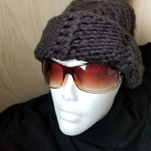 The North Face Knitted Winter Hat.              11